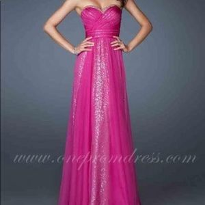 La Femme Sequin Prom Dress Magenta 18869 - Size 00